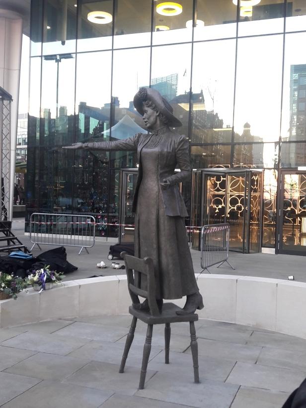 Pankhurst statue