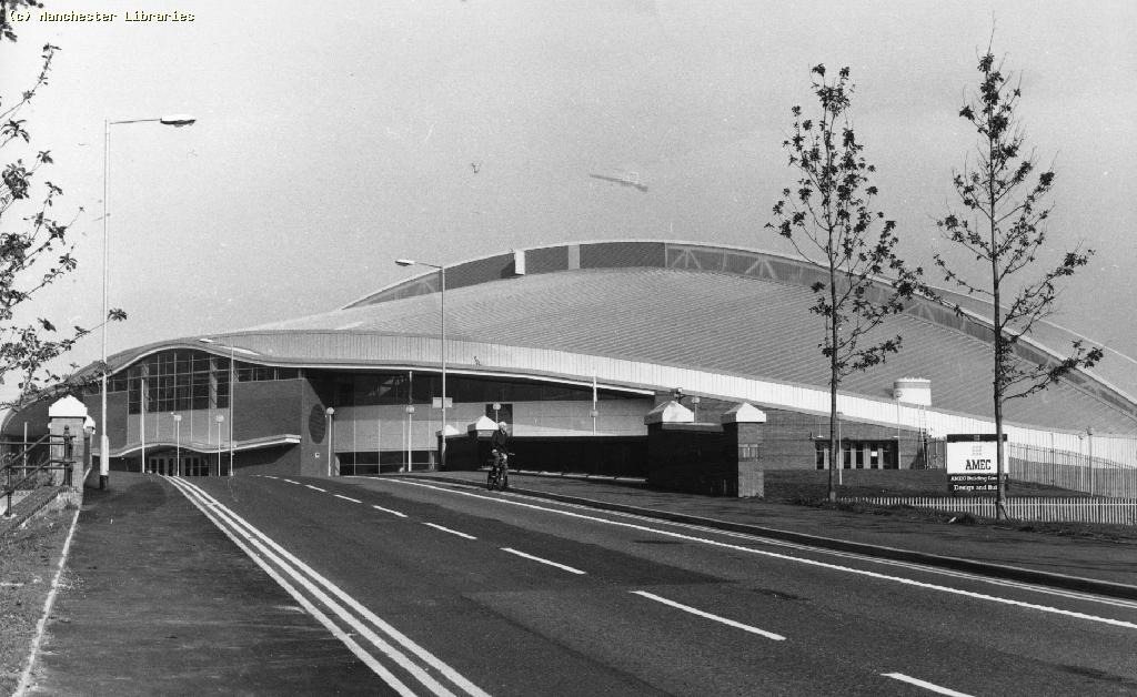 Reflecting on the 25th anniversary of the Manchester Velodrome and its impact on cycling in Britain